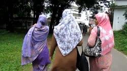 Bangladeshi women from behind